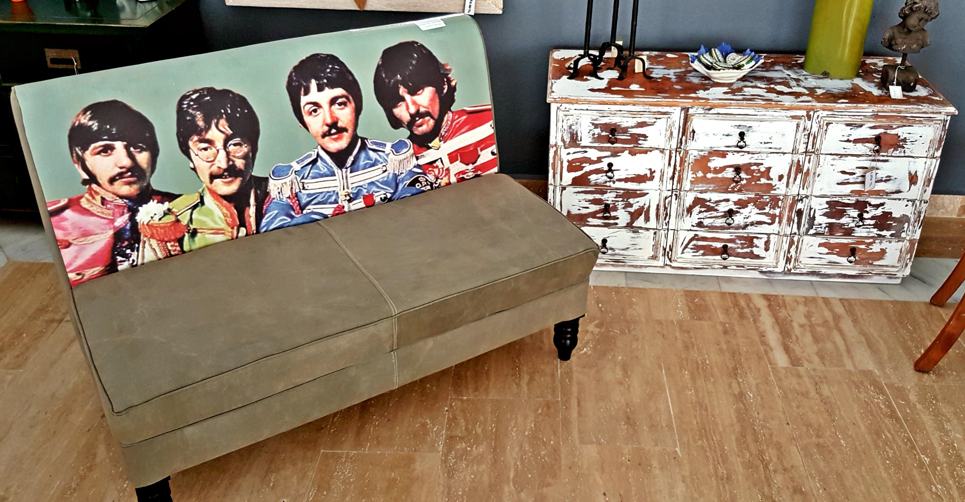 Beatles Lounger