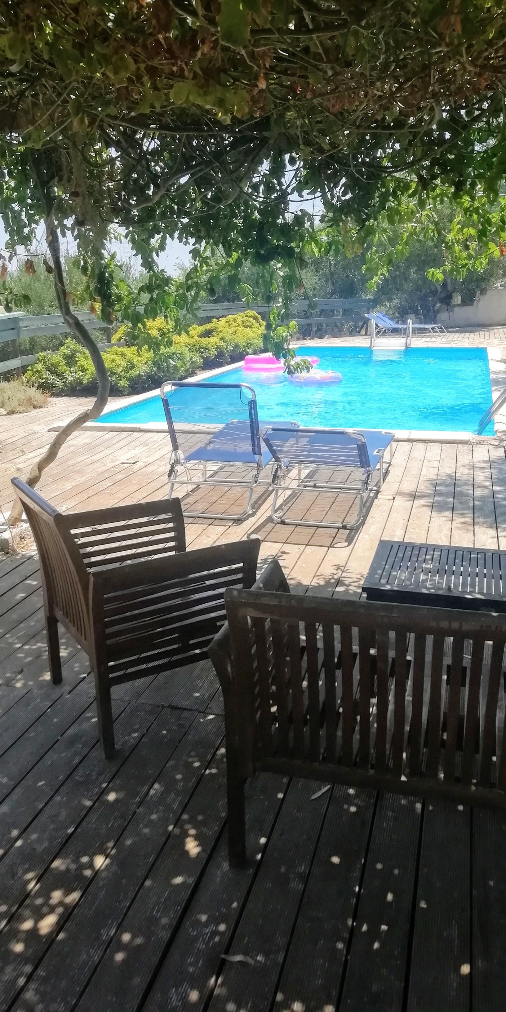 swimming pool 10x4m