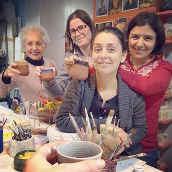 Papier Mache grubu yeni yıl kutlaması