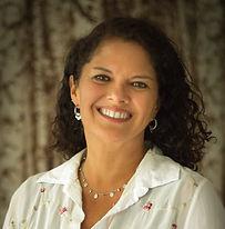 Claudia Flores.jpg