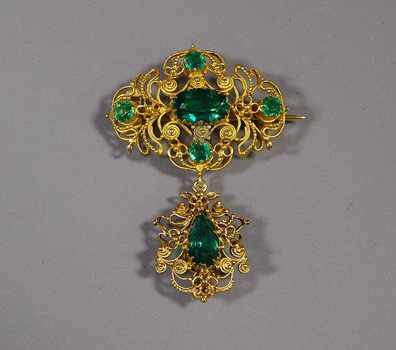 Fine Antique Gold Mounted Georgian Green Paste Brooch