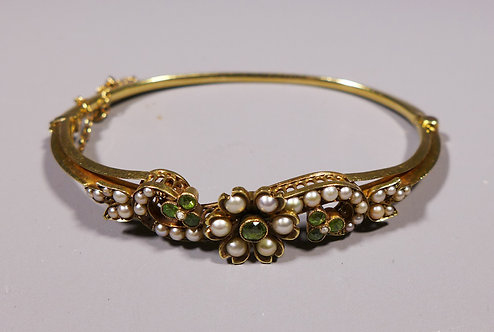 19th C. Victorian Peridot or Garnet and Pearl 15ct Gold Bangle Bracelet main