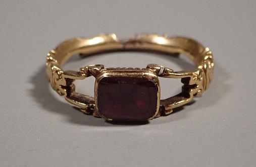 Fine Georgian 18ct Gold Garnet Ring UK Size M
