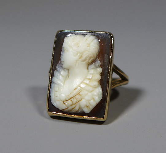 Antique 9ct Gold Hardstone Cameo Ring UK size H Main