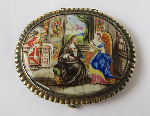 18th Century French (?) Enamelled Patch Box