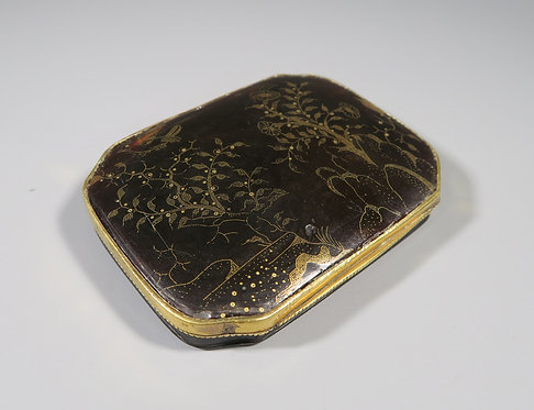 Fine 17th/18th Century Tortoiseshell Box Inlaid with Gold Pique Work '1