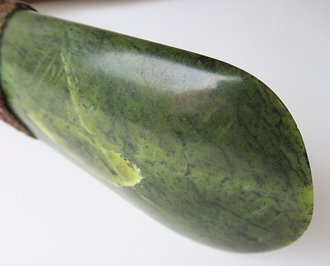 Fine 19th Century Polynesian Adze or Toki with Superb Pounamu Green Stone Blade