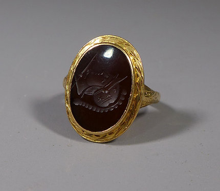 Vintage 18ct Intaglio Ring UK size Q #1