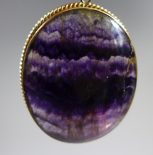 Vintage 1973 9ct Gold framed large oval Blue John Pendant Main