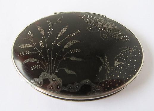 Queen Anne Tortoiseshell Silver Piqué Work Snuffbox