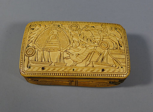 Fine Antique 17th C. Relief Carved Horn Snuff Box Scrimshaw #1