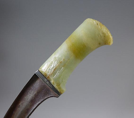 Fine 18th C. Indian Mughal Pesh-Kabz Mutton Fat Jade Hilted Dagger main