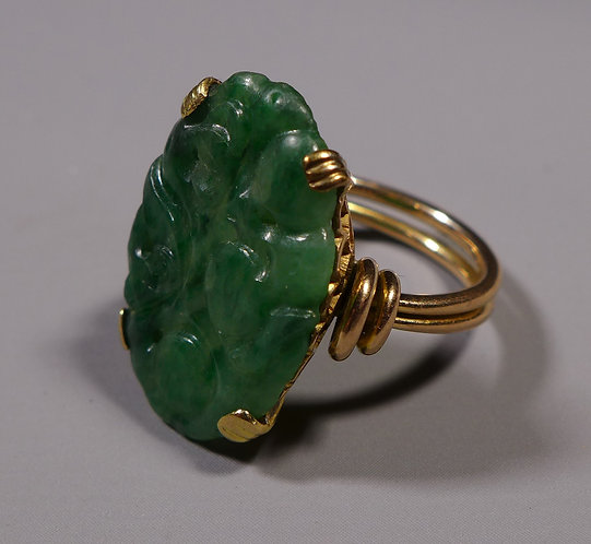 Vintage Carved Spinach Jade Ring Mounted in High Carat Gold Size 0 #1