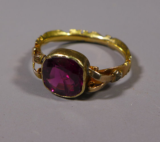 Fine Georgian 18ct Gold Garnet Ring UK Size L #1