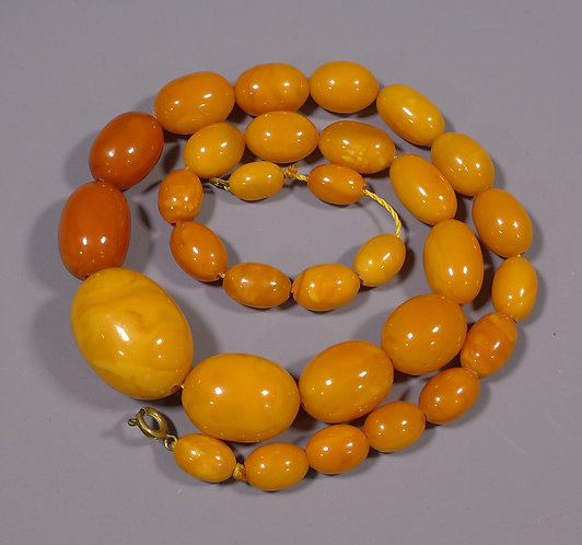 Antique String of Baltic Egg Yolk Amber Beads Necklace 52 grams Main