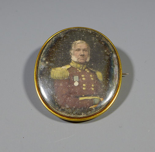 Rare Antique Daguerreotype of a High Ranking Military Officer Mourning Brooch main