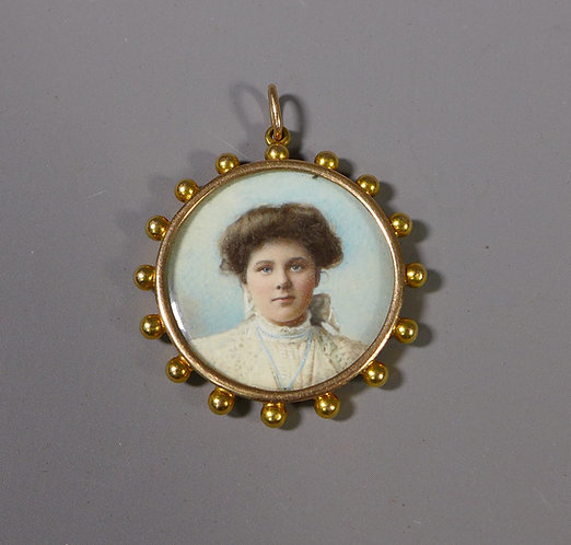 Fine Antique 15ct Gold Glazed Photograph Locket Pendant #1