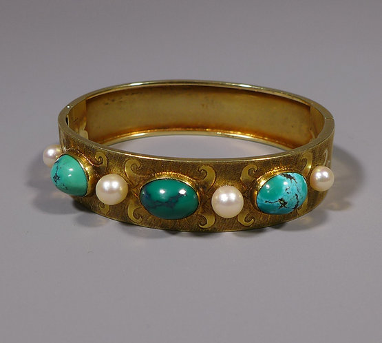 Fine Antique 15 Carat Gold Hinged Bangle Bracelet set with Turquoise and Pearls