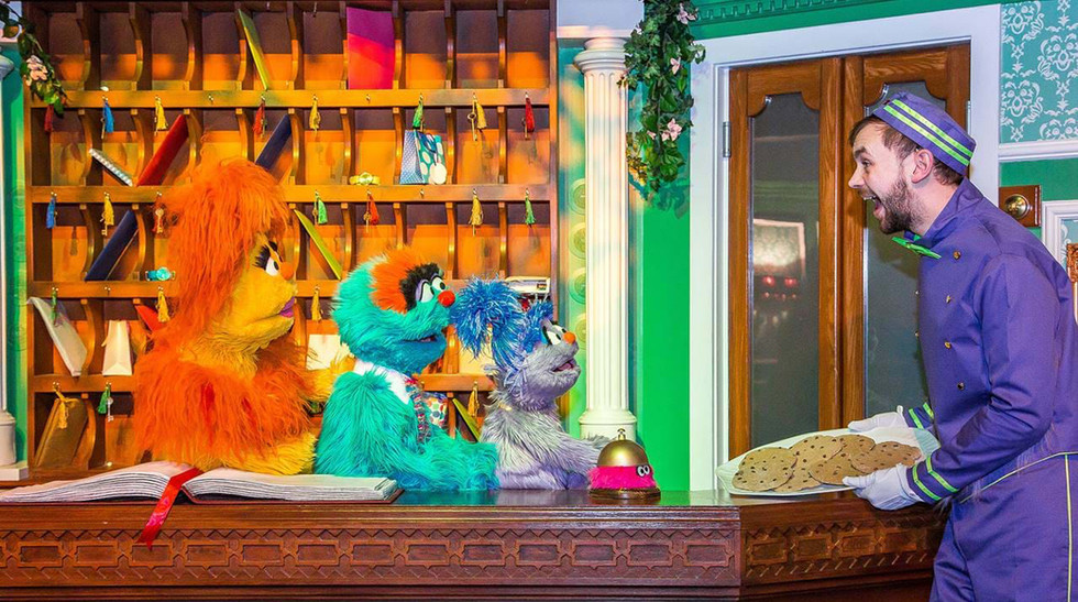 Furchester-Hotel-cookies on tray.jpg