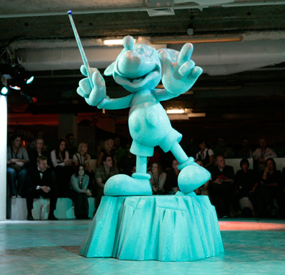 Disney Ice Mickey 2.jpg