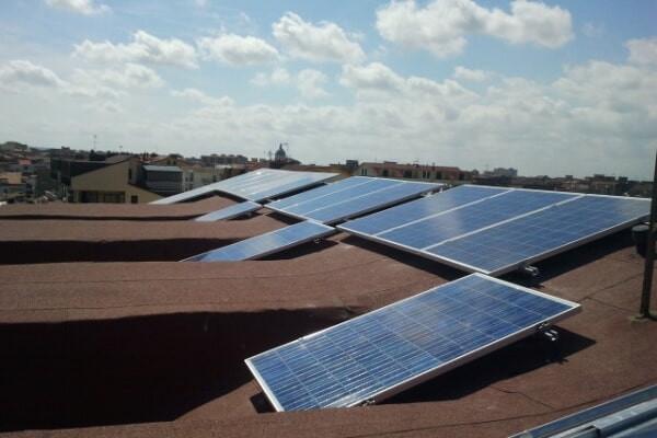 Impianto fotovoltaico su tetto a falde - Acerra (NA)