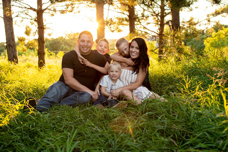 Nature-family-session-Prescott-WI-21.jpg