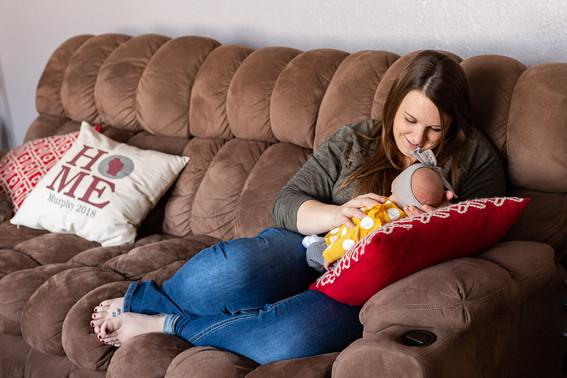 in-home-Newborn-Session-Ellsworth-WI-1.j