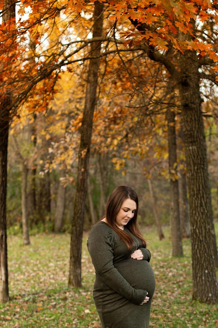 Maternity-session-ellsworth-WI-18.jpg