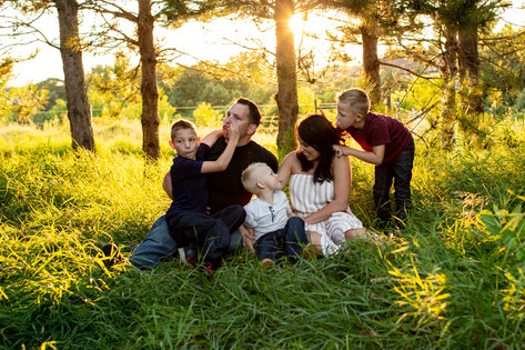Nature-family-session-Prescott-WI-17.jpg