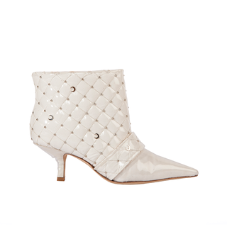 KITTEN HEEL BOOTIE IN PVC MATELASSÉ WHITE  COTTON AND MOON STUDS