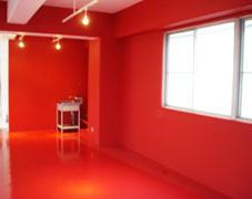 倉庫からスタジオへ大変身!屋内塗装施工事例