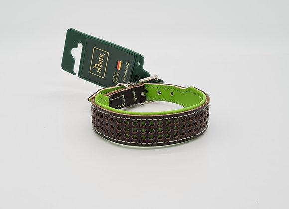 Braunes Lederhalsband mit grünen  Punkten & Innenfutter