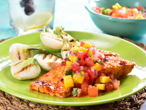 Hawt Mess Salmon with Mango Pico De Gallo