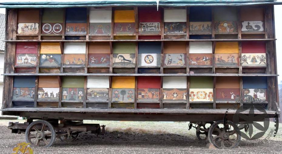 Prevozni čebelnjak na vprego
