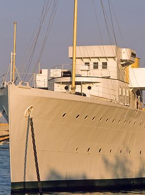 low res HMS Wellington.png