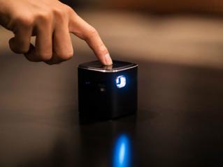 Ультракомпактный проектор Piqo: разрешение 1080p, диагональ 240 дюймов, ОС Android и звук Harman Kar