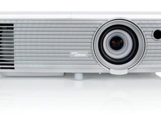 Новая 400-ая серия ярких многофункциональных проекторов от компании Optoma