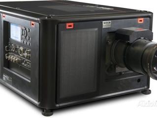 Компактный и яркий 4К проектор BARCO