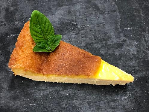 Domača pečena skutina torta,