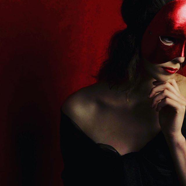 #girl #art #magic #masquerade #red #dark