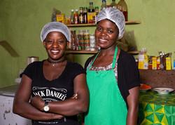 restaurant-cooks-zambia-5x7