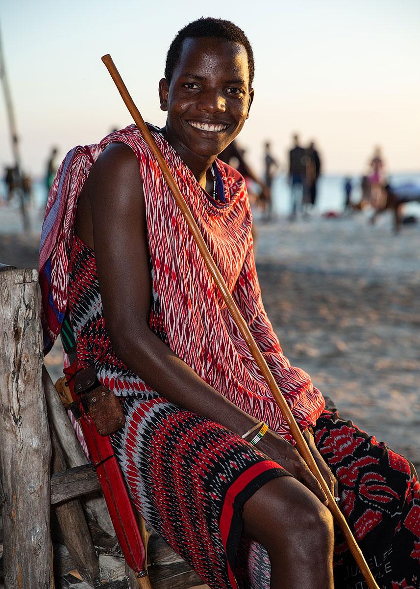 young-male-maasai-mara-zanzibar-5x7