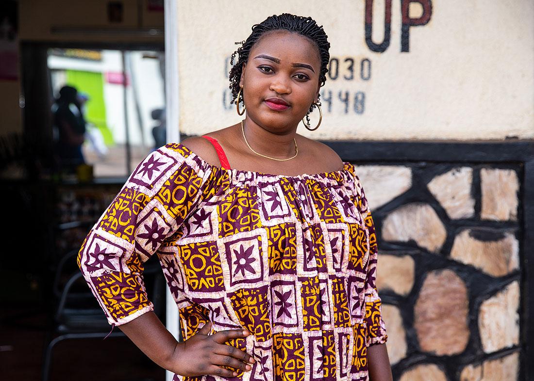 kigali-hair-stylist-rwanda-5x7
