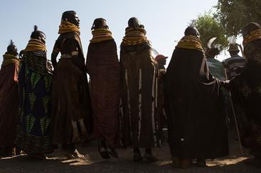 dancing-women-sunshine-kenya.jpg