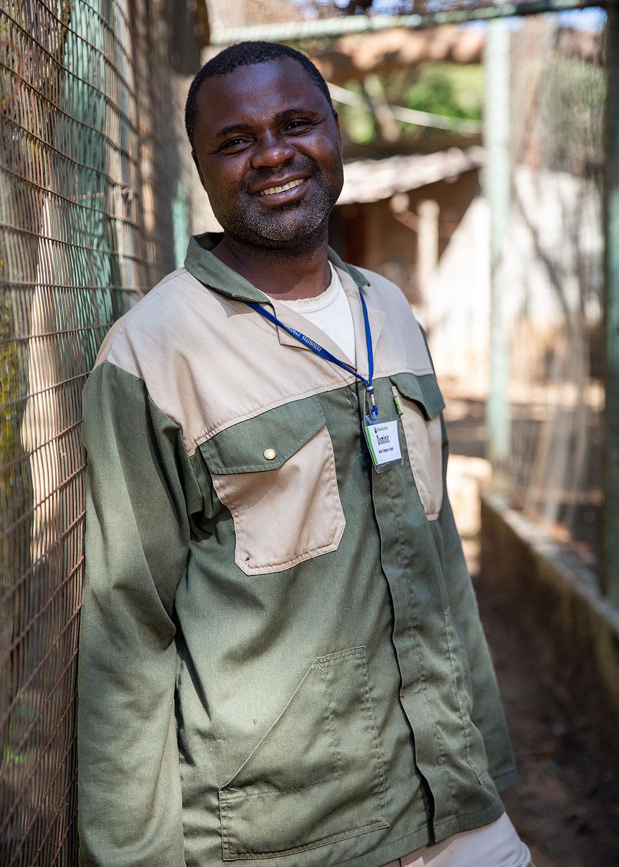 chimfunshi-chimpanzee-orphanage-zambia-5
