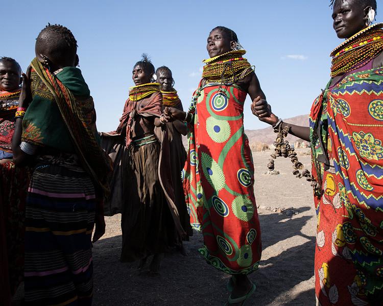 tribal-kenya-women-dancing.jpg