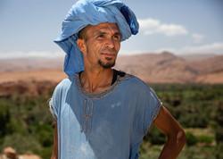 traditional-moroccan-dress-men-5x7