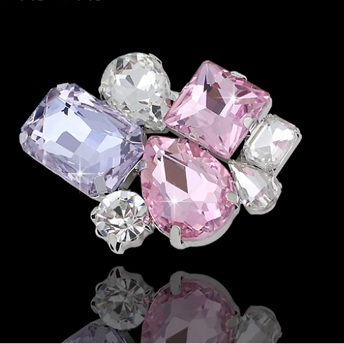 Брошь посеребренная с кристаллами Сваровски