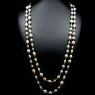 Ожерелье ручной работы с белым барочным жемчугом натуральным арт.102736