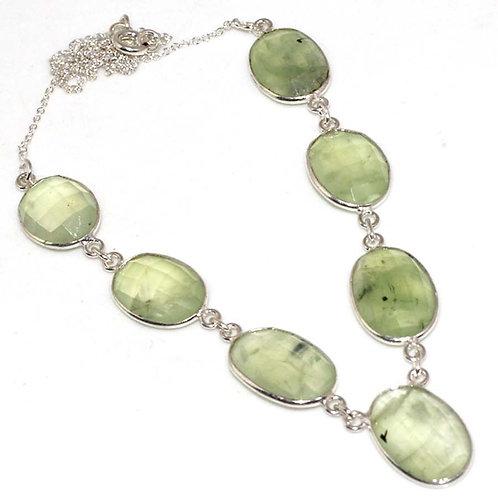 Ожерелье серебро 925 ручной работы с пренитом натуральным (длина 38 см)